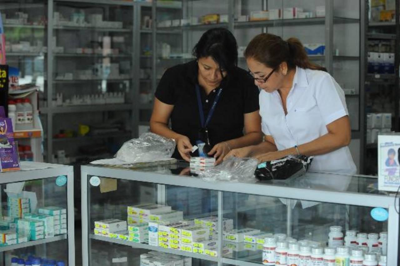 ARENA dice que regulan precios no de manera técnica sino ideológica; FMLN dice que derecha amenaza con desabastecer.