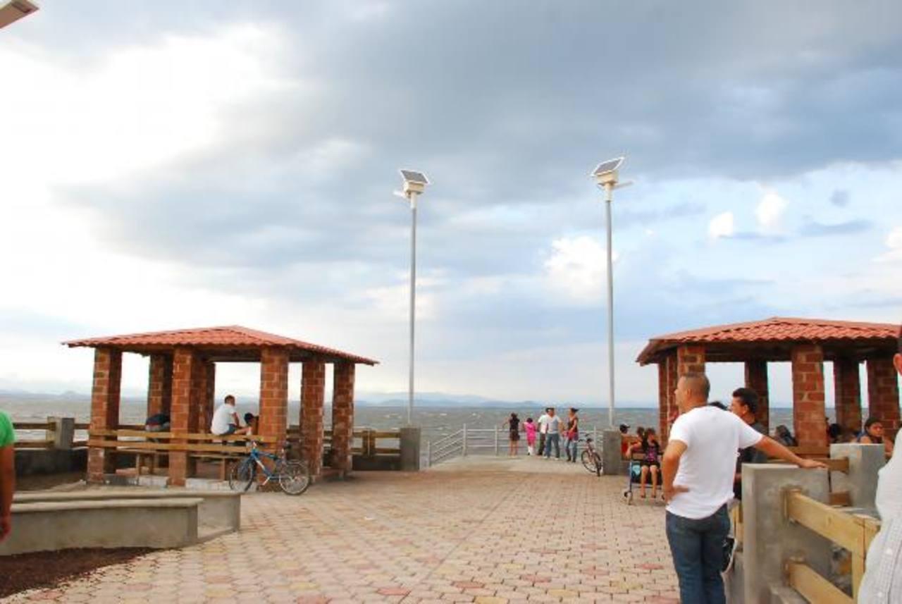 La construcción del muelle Los Coquitos le dio un valor turístico mayor a la cabecera.