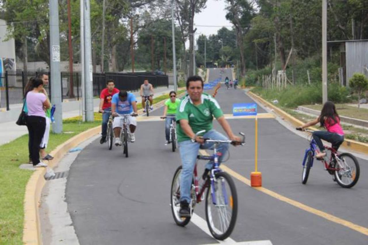 El circuito es de 350 metros para que las personas lleguen a divertirse en bicicleta o a trotar. Foto edh / Cortesía