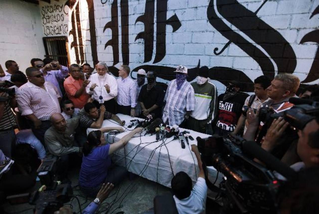 Los pandilleros explicaron que se detendría el reclutamiento de nuevos miembros para su organización. Foto EDH / reuters