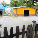 El ganadero se suicidó en las afueras del cementerio, minutos después. Foto EDH / Lissette Lemus