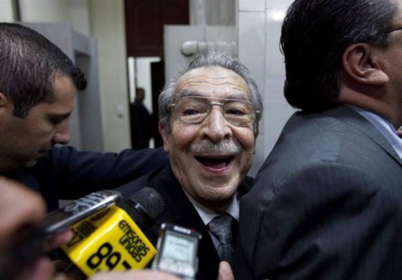 Se inhiben los jueces que deben reanudar el juicio a Ríos Montt ...