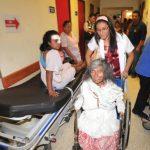 Los más de 60 lesionados fueron trasladados al Hospital Nacional San Rafael, situado en Santa Tecla. Cuatro de ellos sufrieron heridas de gravedad tales que tuvieron que ser intervenidos quirúrgicamente de forma inmediata. Foto EDH / Éricka Chávez