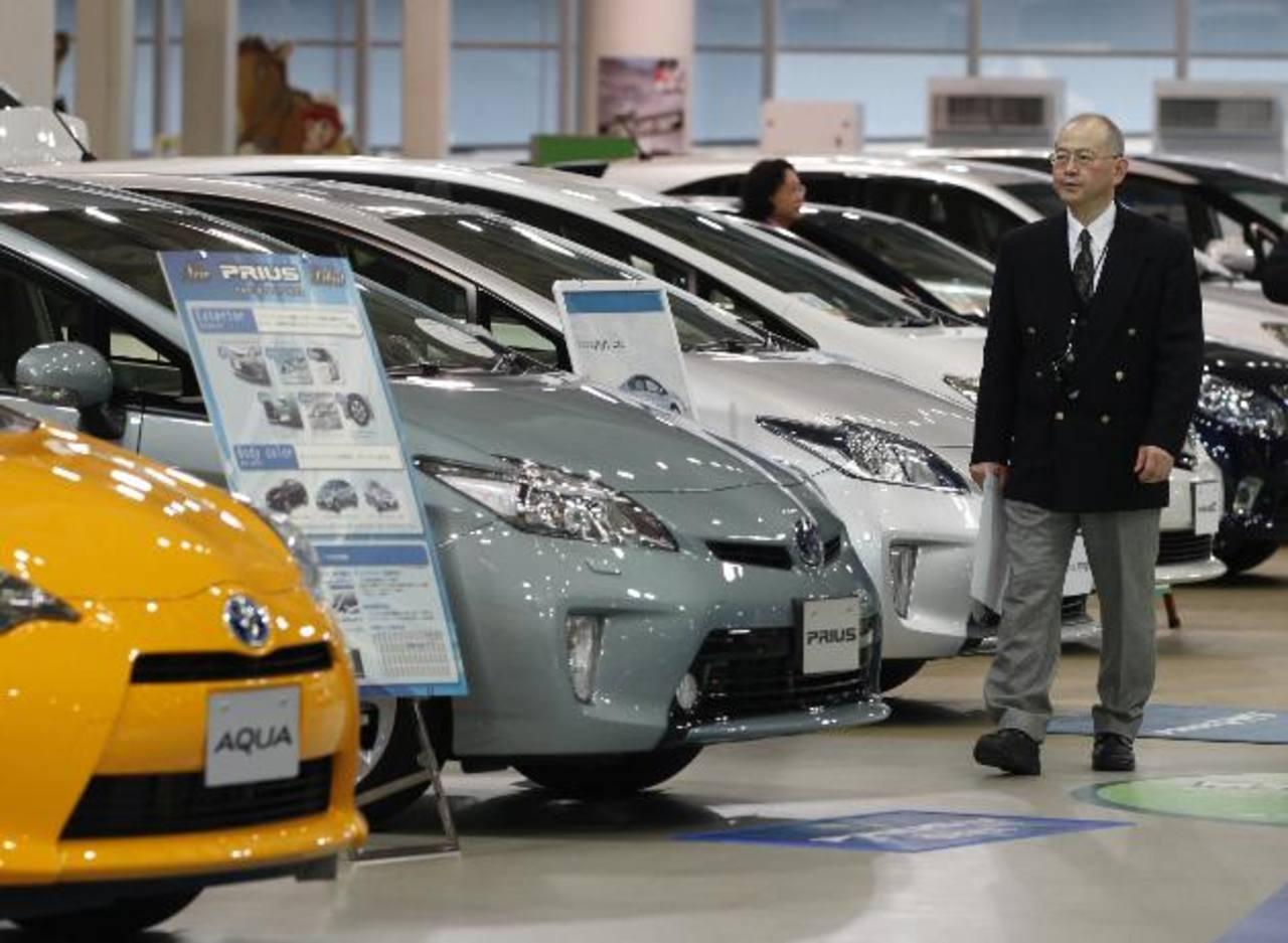 La venta de automóviles en Estados Unidos experimentó cierto repunte. foto edH / archivo