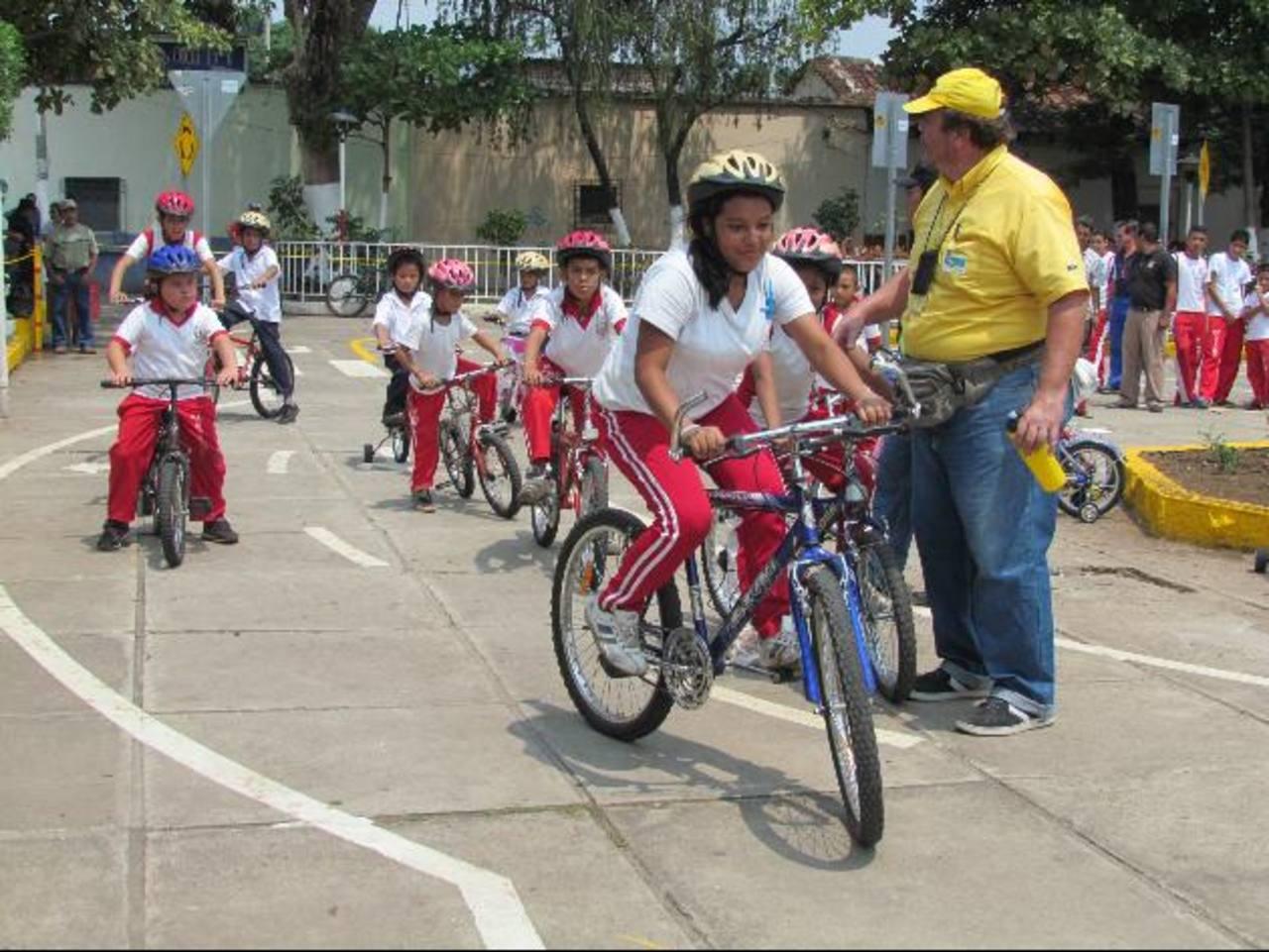 Aún no tienen fecha para comenzar las clases de educación vial. Fotos EDH / Mauricio Guevara