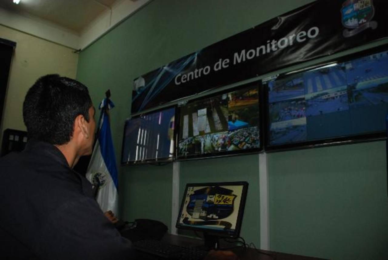 El plan de video vigilancia se gestó hace dos años, dijo el gerente de la empresa contratada. Foto edh / Cristian Díaz