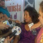 La madre de Beatriz participó hoy en la conferencia de prensa organizada por la Agrupación Ciudadana para la Despenalización del Aborto Foto EDH