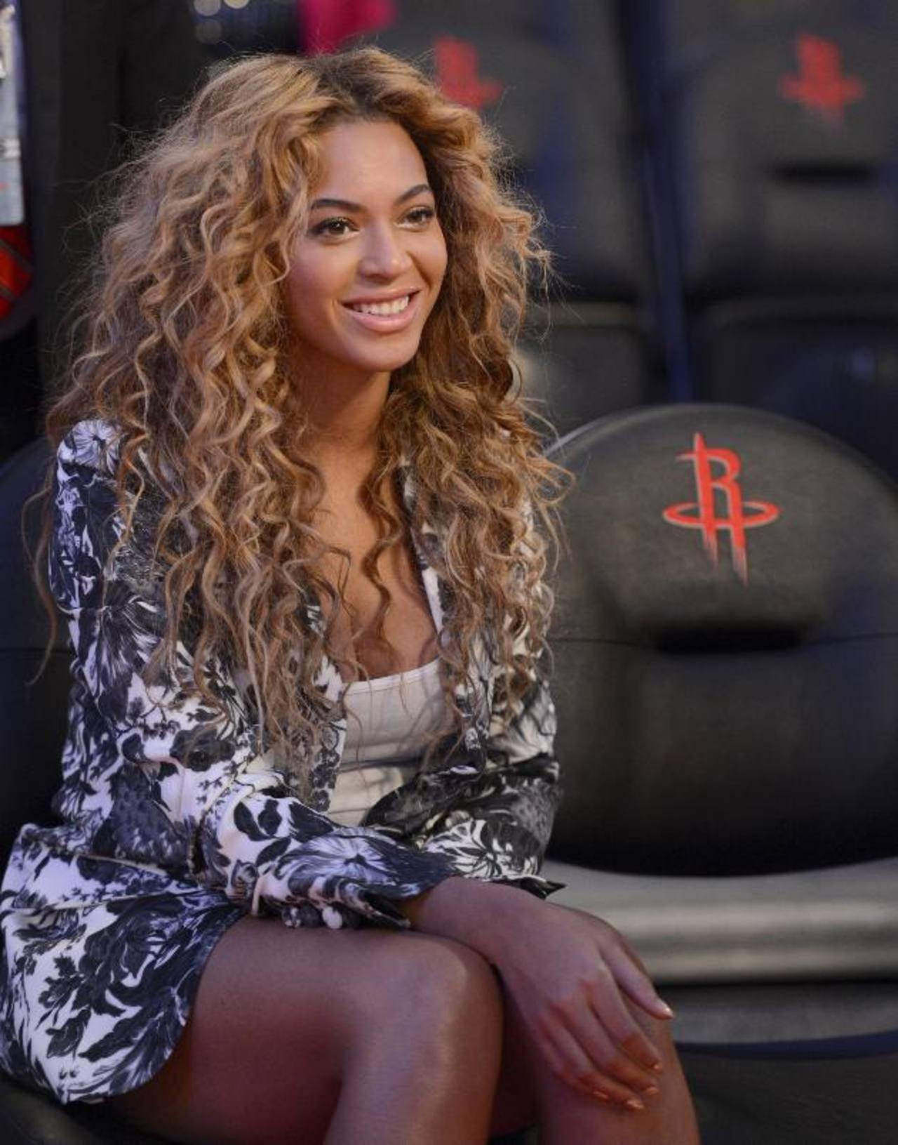 Beyoncé organiza un superconcierto benéfico.