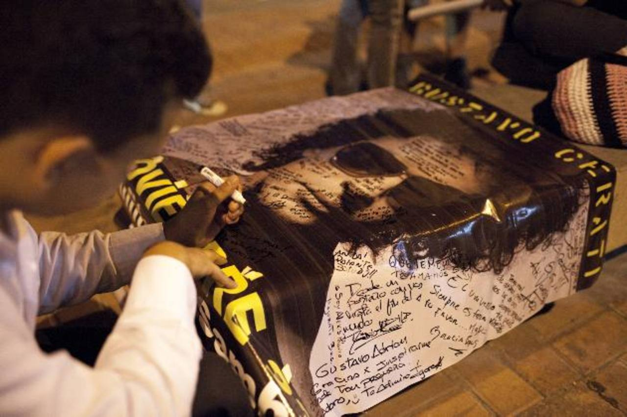 Los fans del cantante dan constantes muestras de apoyo para su recuperación. Foto EDH