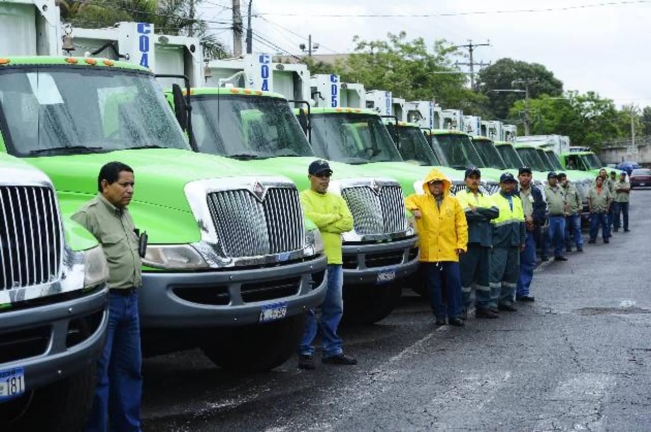 La nueva flota de camiones brindará un servicio más eficiente. foto edh / marlon hernandez
