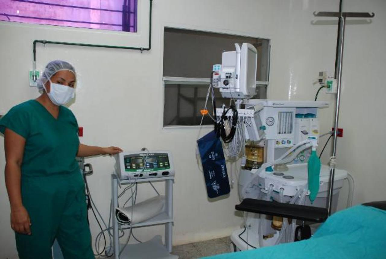 Electrocauterios y máquinas de anestesia de tres gases forman parte de lo recibido en hospital santaneco.