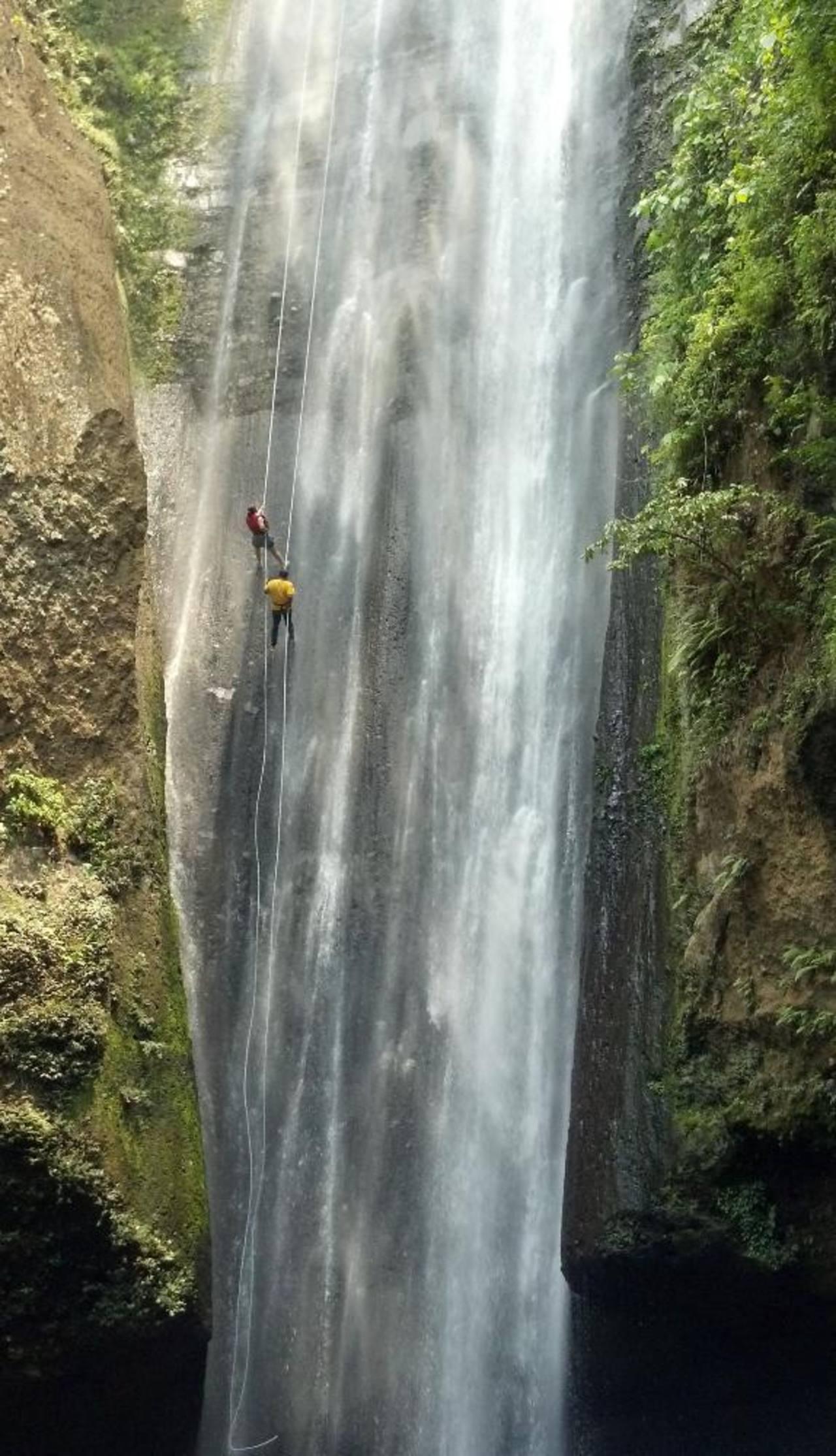 Rapel: aventura entre montañas y cascadas
