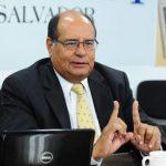Francisco Bertrand Galindo fue ministro de Seguridad en el periodo de Francisco Flores.