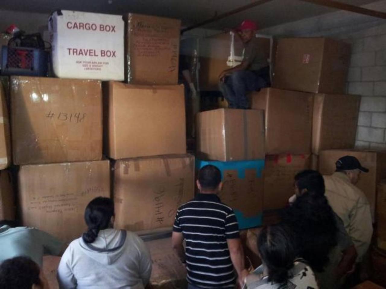 Los afectados relatan que Transportes Neliz les cobró montos mayores a los $200 por caja y no las entregó. Foto EDH / Cortesía