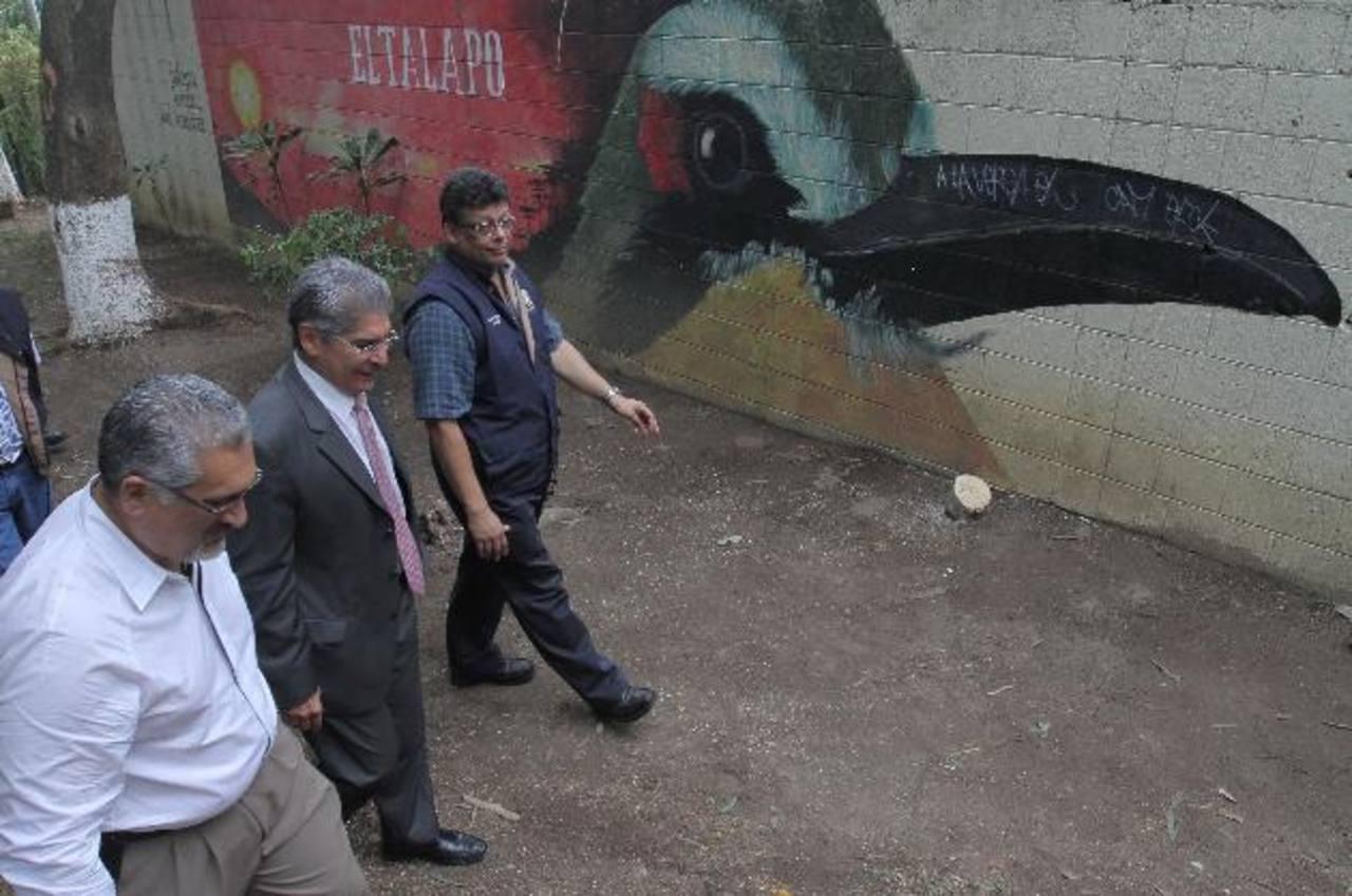 El alcalde junto al representante de la Agencia Andaluza de Cooperación Internacional potenciarán el parque. EDH / cortesía
