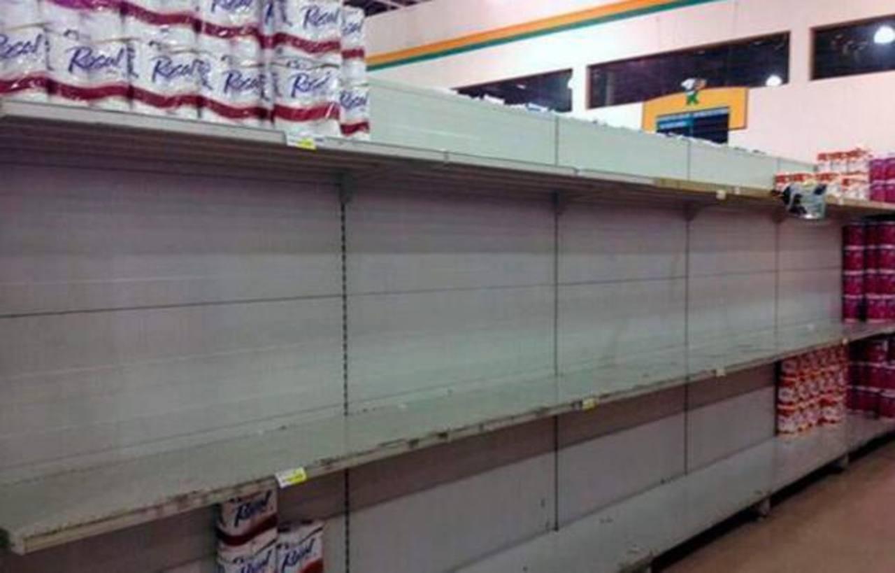 Venezuela compra 50 millones de rollos de papel higiénico