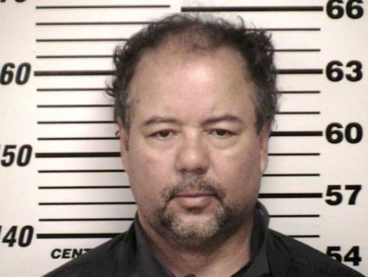 Ariel Castro está acusado de violación y secuestro y se le fijó una fianza de $8 millones.