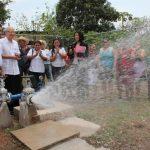 El proyecto de agua potable para las familias del cantón Santa Rosa fue inaugurado por las autoridades. Foto EDH / CORTESÍA