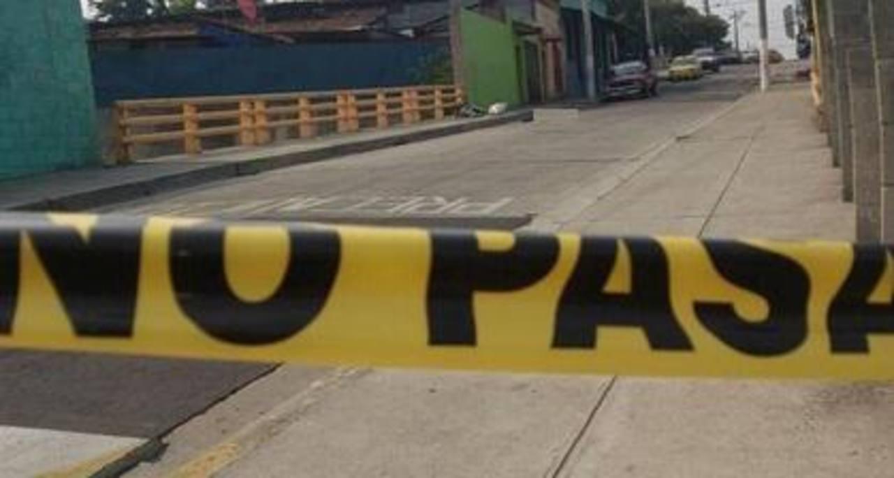 Un hombre y una mujer fueron asesinados a balazos al sur de la capital. Foto vía Twitter Ericka Chávez