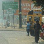 Las personas se quejan del tráfico y de los asaltos que se cometen en la zona.