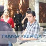 Henry Flores, de Transparencia Activa, un medio de propaganda del gobierno, fue detenido por amenazas el jueves y dejado en libertad condicional ayer. Foto EDH / Cortesía Transparencia Activa
