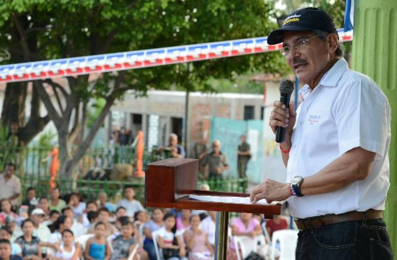 Norman Quijano y Salvador Sánchez C., en distintos actos de campaña ayer. fotos edh / miguel villalta - rené estrada