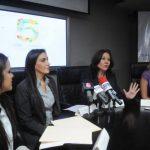 Ana María de Gadala María, directora ejecutiva de la Fundación fue la encargada de presentar el proyecto. foto edh / lissette monterrosa