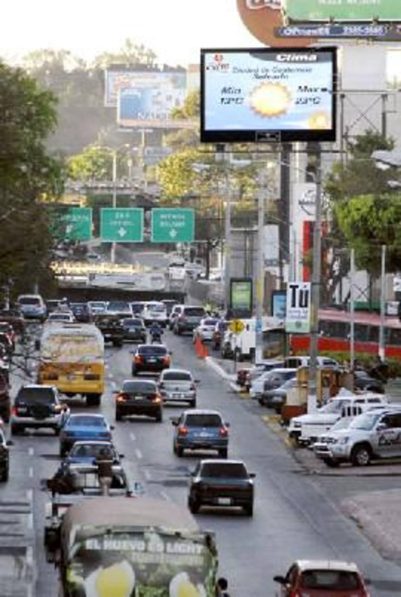 Guatemala posee un parque de un millón 135 mil 769 vehículos.