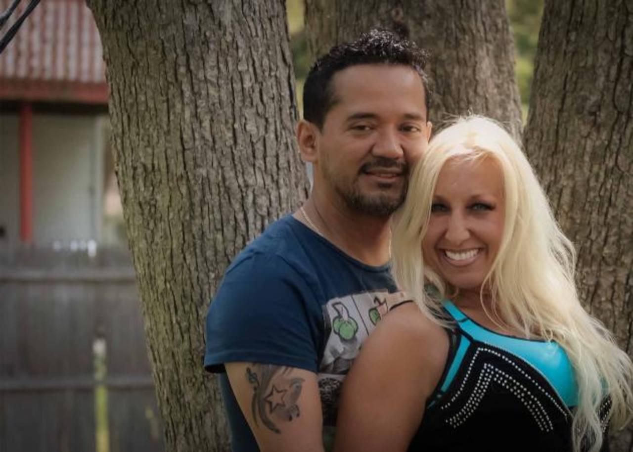 """En el tema """"Tú y yo"""" Francisco hace dúo con la cantante estadounidense Corinne Barrett."""