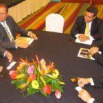 Alexander Segovia expuso las condiciones de inversión que ofrece el país a los empresarios. Foto EDH / cortesia