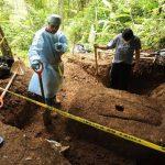 La Fiscalía trabaja en la recuperación de dos de los tres cadáveres. Se sospecha son alumnas que están desaparecidas.