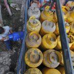 Algunos ciudadanos se las han ingeniado para tratar de abastecerse de gas propano. Foto/ Archivo