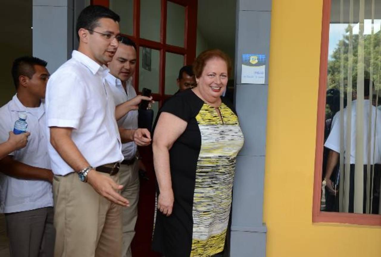 Mari Carmen Aponte durante inauguración de nuevo local de Fiscalía General en Sonsonate. Foto EDH / mauricio caceres