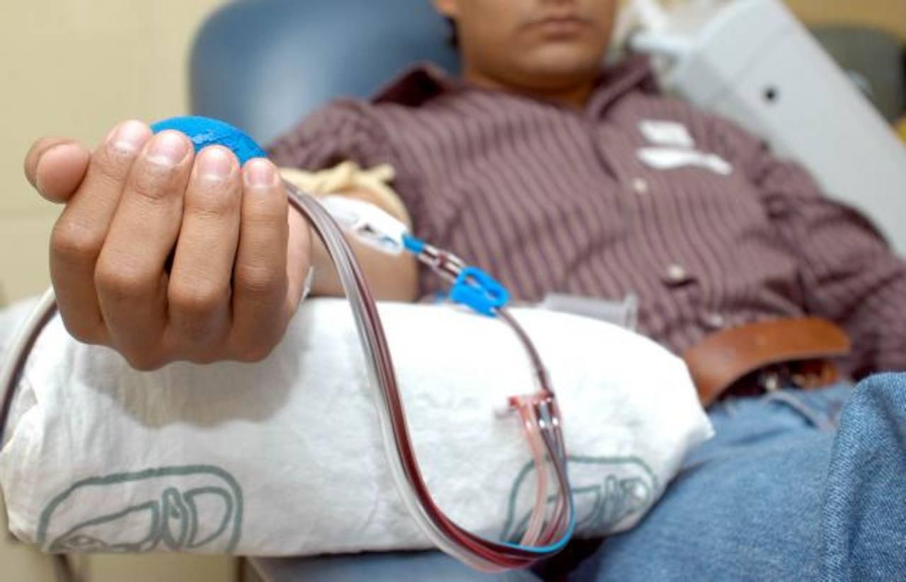 Las transfusiones de sangre podrían aumentar los riesgos de infección tras una cirugía cardíaca, según expertos.