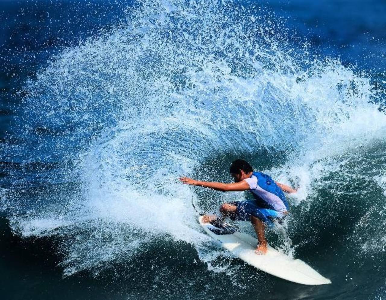 Las playas y el surf son actividades turísticas que más destaca el país a la hora de vender destinos. FOTO EDH / archivo