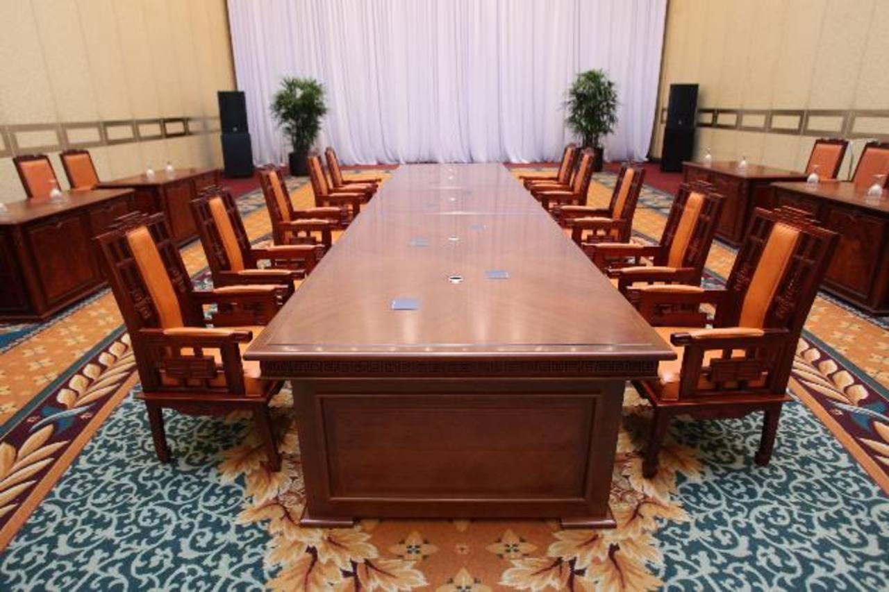 Salón del cancelado encuentro del hotel Grand Hilton de Seúl entre Corea del Norte y del Sur. Foto/ AP