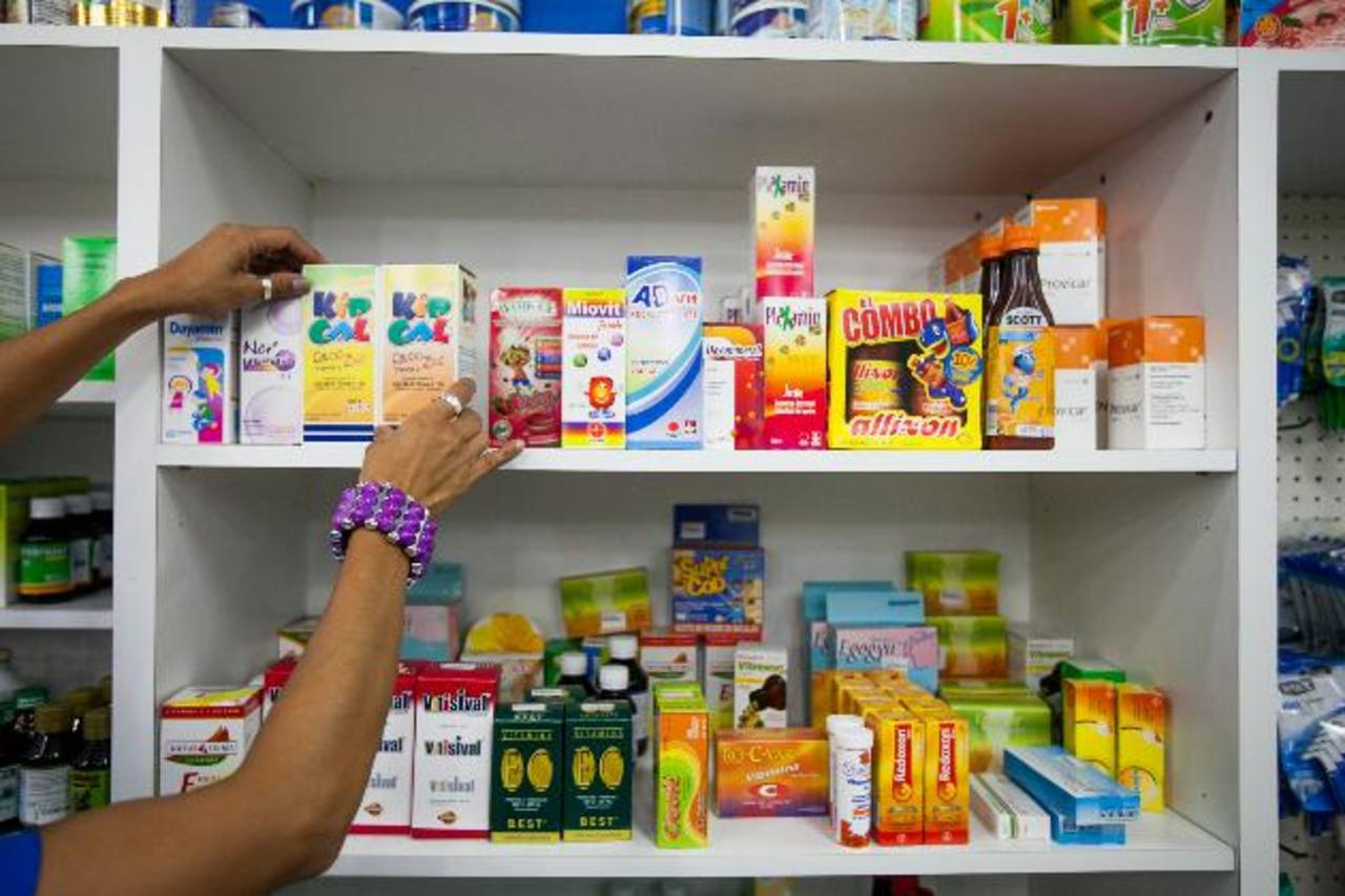 Dirección de Medicamentos negó información a farmacéuticas