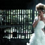 El clásico vestido blanco se revoluciona con un peinado y maquillaje trendy. FOTOs/Memo VELA