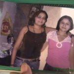 Anaís Isabel (derecha, blusa rosada) fue condenada por asesinar a su hermana por una disputa de prendas de vestir. FOTO EDH