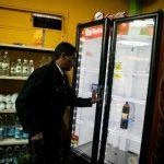 Venezuela está experimentado desabastecimiento comercial.