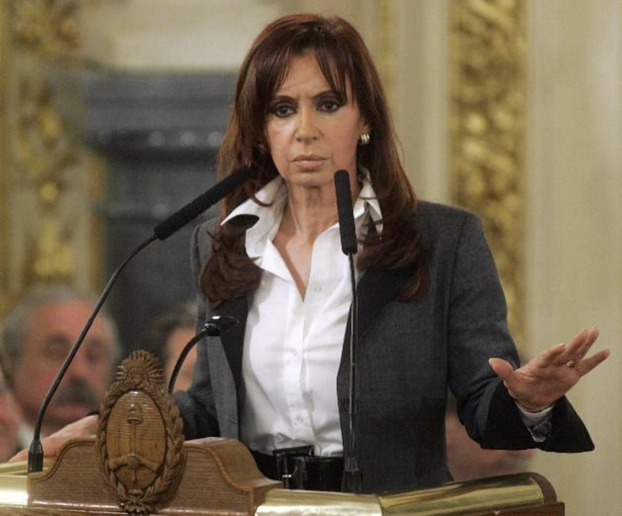 La presidenta de Argentina, Cristina Fernández, instó este lunes a la Justicia a agilizar la ley de Medios. foto edh /archivo
