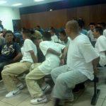 Parte de los pandilleros acusados de homicidio que un juez dejó hoy en libertad. FOTO EDH