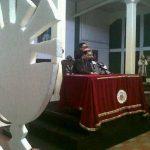 Conferencia dominical del arzobispo capitalino. Foto @Arzobispadoss