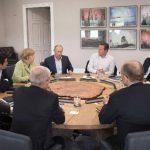 Imagen de la reunión del segundo día de trabajo de los líderes en la cumbre del G8, realizada en Lough Erne, Irlanda del Norte. foto EDH /ap