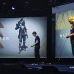 Dos jugadores prueban videojuegos de la PlayStation 4 durante la feria E3. FOTO AP