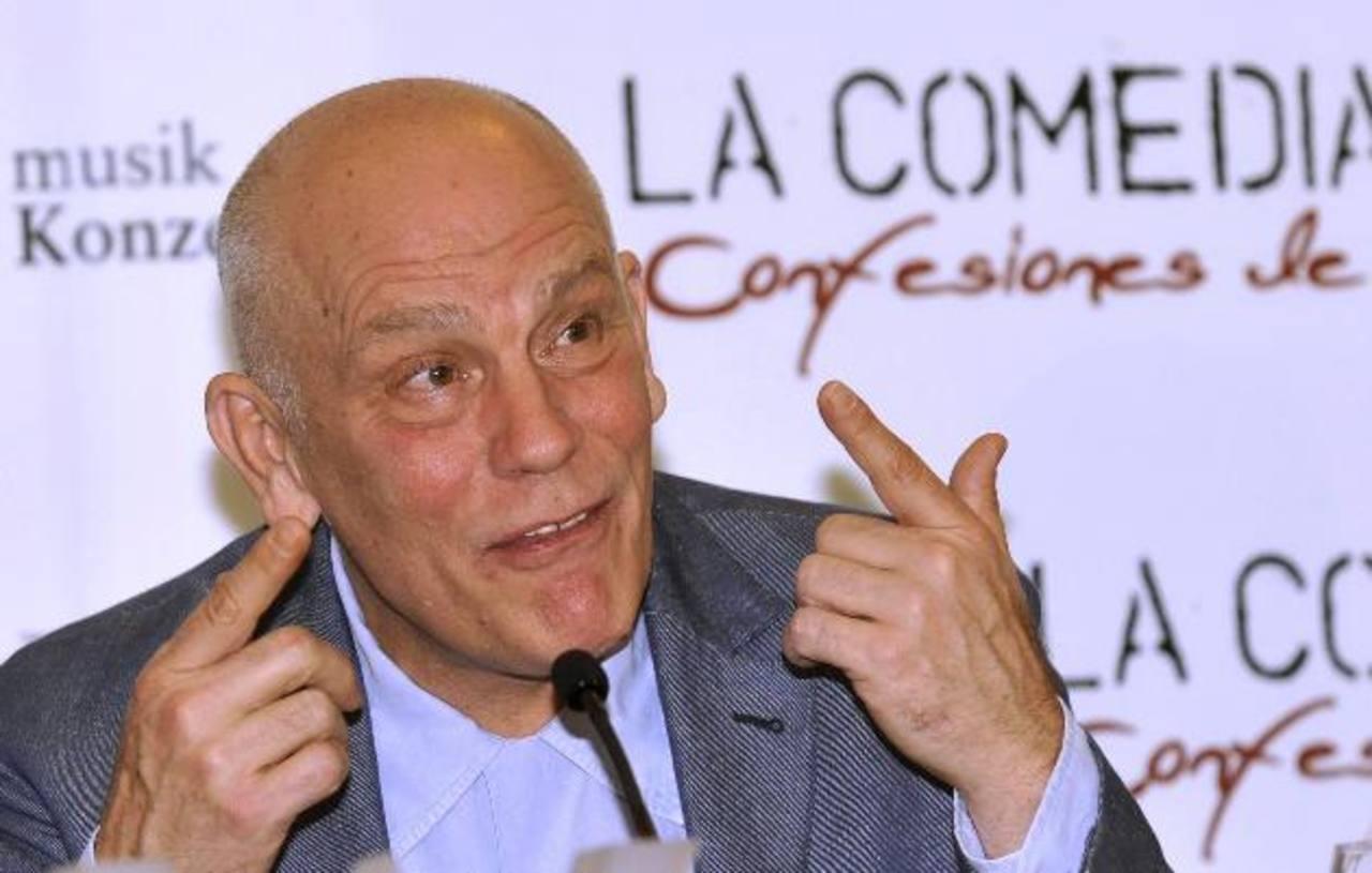 """El actor, que se encuentra en Canadá por la obra """"Las variaciones de Giacomo"""", fue oportuno al brindar su ayuda."""