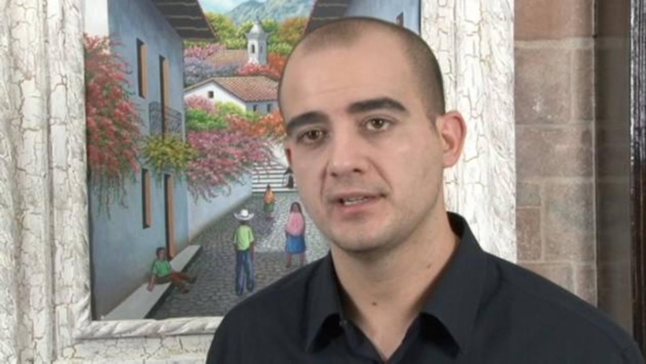 Juan Muñoz Gallegos posee una empresa especializada en mercadotecnia móvil y de videojuegos en España.