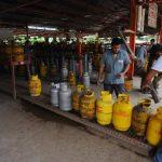 Las empresas que venden gas dicen que enfrentan pérdidas por altos costos de importación. Prevén escasez. Foto EDH /archivo