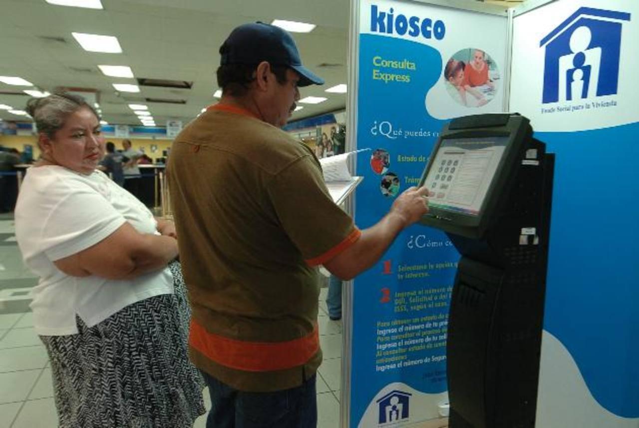 Clientes del Fondo Social podrán cancelar sus cuotas en más de 100 cajeros electrónicos de Banco Promérica. —FOTO edh
