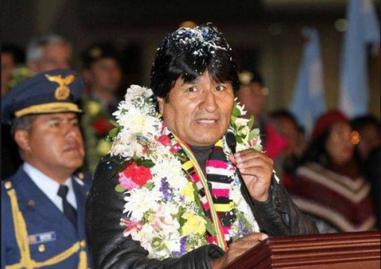Evo Morales daría asilo a Snowden si así se lo pidiera